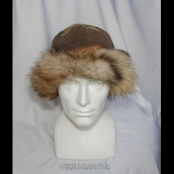Brown woolen hat with stamp print