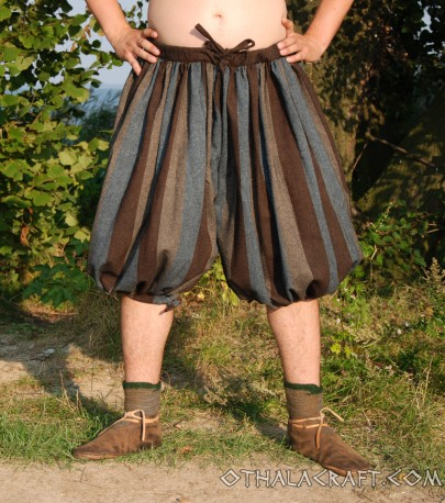 Short Rus Viking trousers from dark green wool – S size