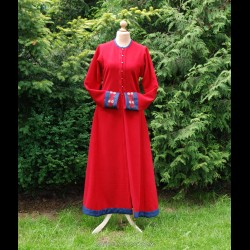 Red Viking lady coat with embroidery
