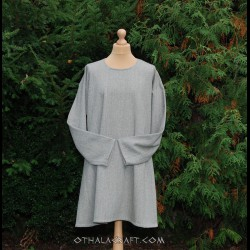 Blue woolen tunic in herring bone pattern