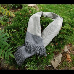 Hand woven shawl – gray diamond