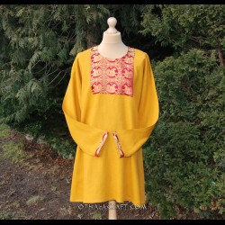 Linen tunic with brocaded silk