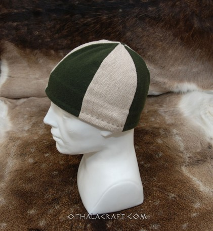 Two  colours woolen hat - Birka style