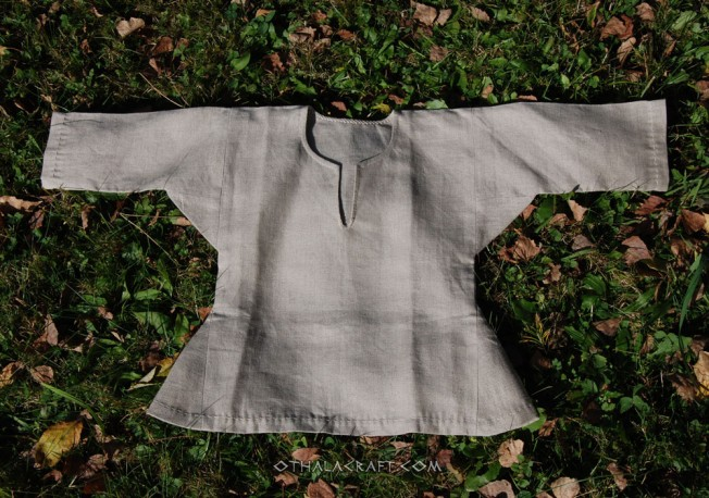 Linen baby tunic and hat