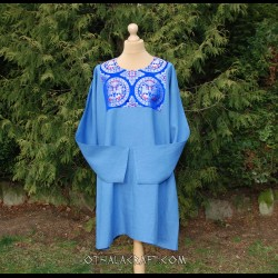 Woolen tunic with silk
