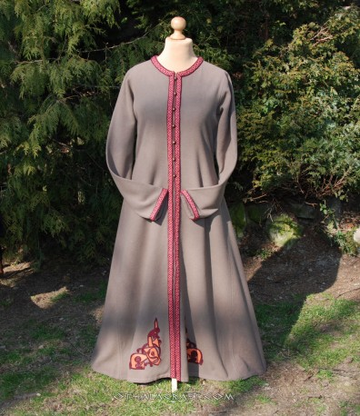 Viking lady coat with embriodery