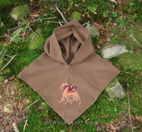 Brown woolen hood from Skjoldehamn