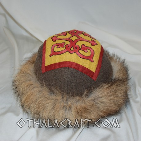Hat with motif from Visegrad
