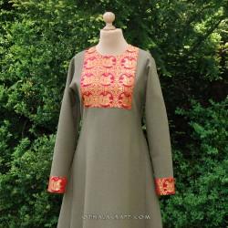 Linen dress with silk