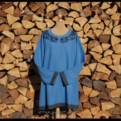 Woolen Viking tunic with embroidery